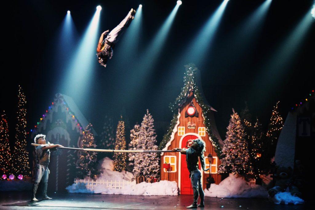 Santa's Circus Cirque Du Soleil